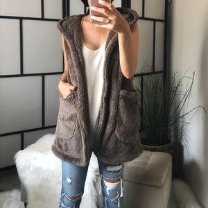 🆕 Soft Plush Faux Fur Teddy Bear Hoodie Vest